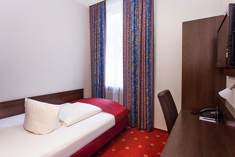 Centro Hotel National Deluxe (كنترو هتل نشنال دلوکس)  Room