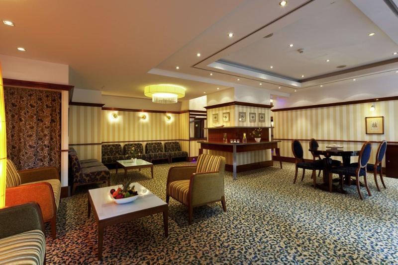 Mercure Grand Hotel Biedermeier Wien (مركور گرند هتل بیدرمیر وین)  Lobby