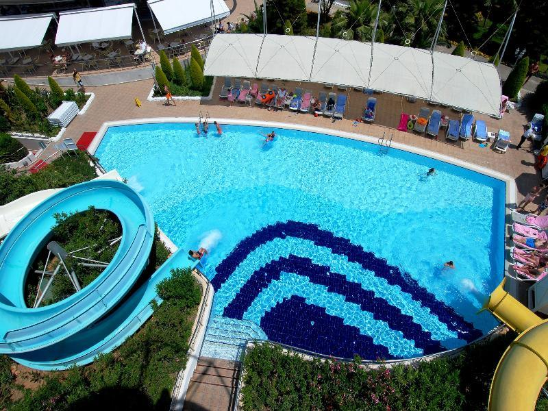 Delphin Diva Premiere (دلفین دیوا پرمیر)  Pool