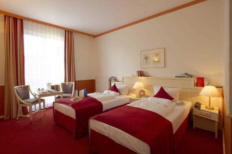 Best Western Premier Hotel Villa Stokkum (بست وسترن پرمیر هتل ویلا استوکوم)  General view