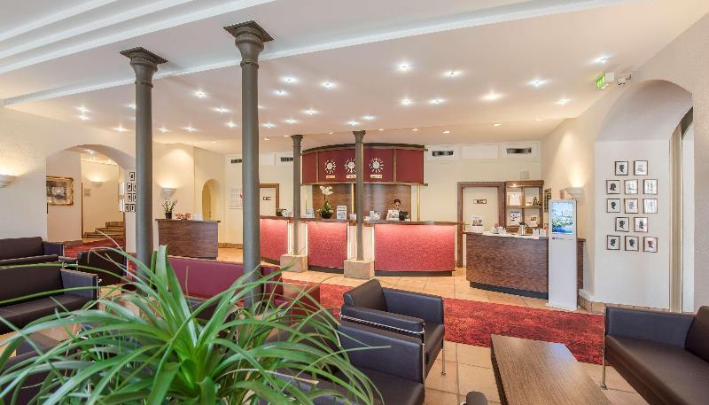 Best Western Premier Hotel Villa Stokkum (بست وسترن پرمیر هتل ویلا استوکوم)  Lobby