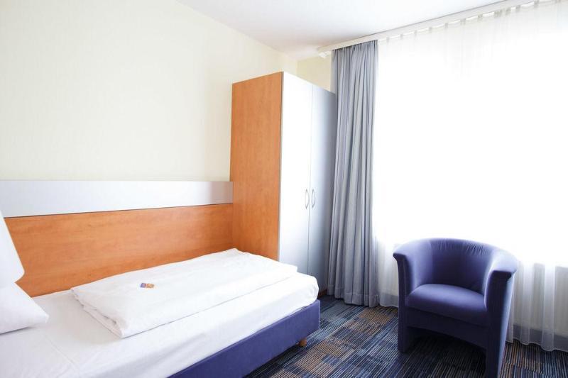 Senator Hotel (سناتور هتل)  General view