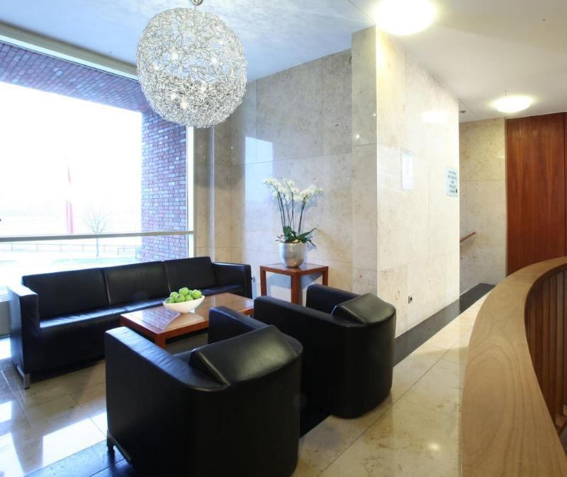 Lindner Hotel & Residence Main Plaza (لیندنر هتل و رزیدنس مین پلازا)  Lobby