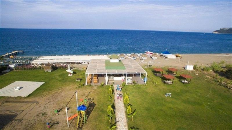 Club Herakles Hotel (كلوب هراكلس هتل)  Beach