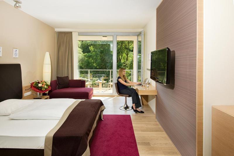 Hotel Krainerhütte (هتل كرینرهüت)  General view