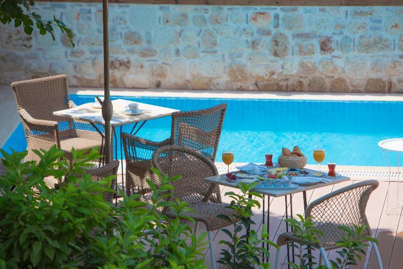 Char Me Boutique Hotel (چار م بوتیک هتل)  Pool