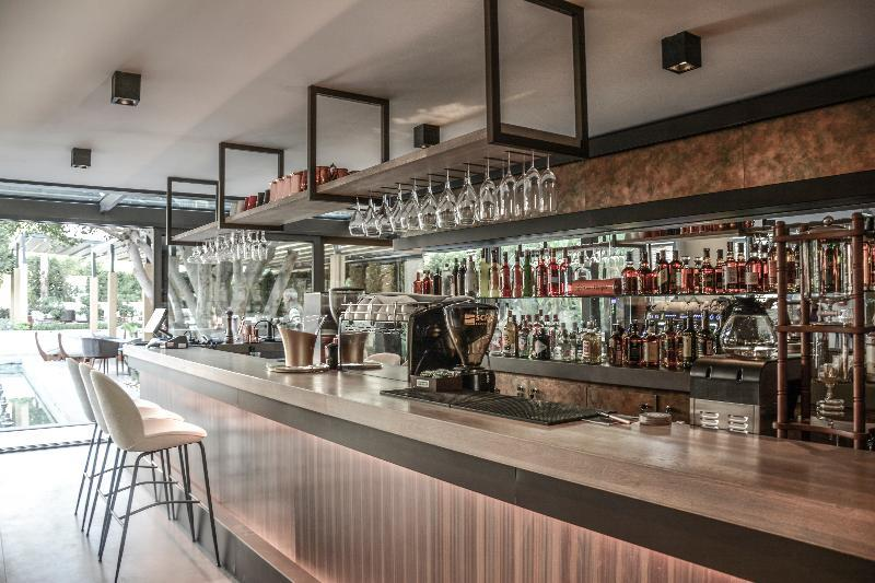 Cap D'perge Hotel (كاپ دپرج هتل)  Bar