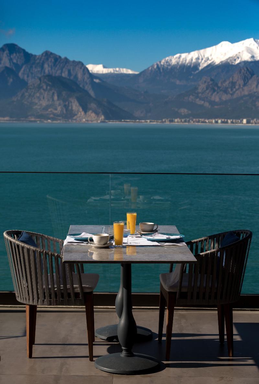 Cap D'perge Hotel (كاپ دپرج هتل)  Restaurant