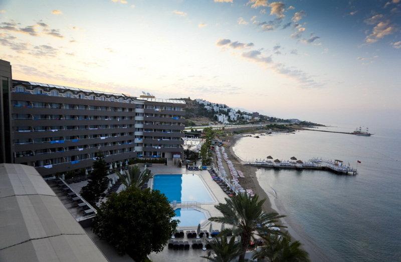 Adin Beach Hotel All Inclusive (آدین بیچ هتل آل اینكلوسیو)  General view