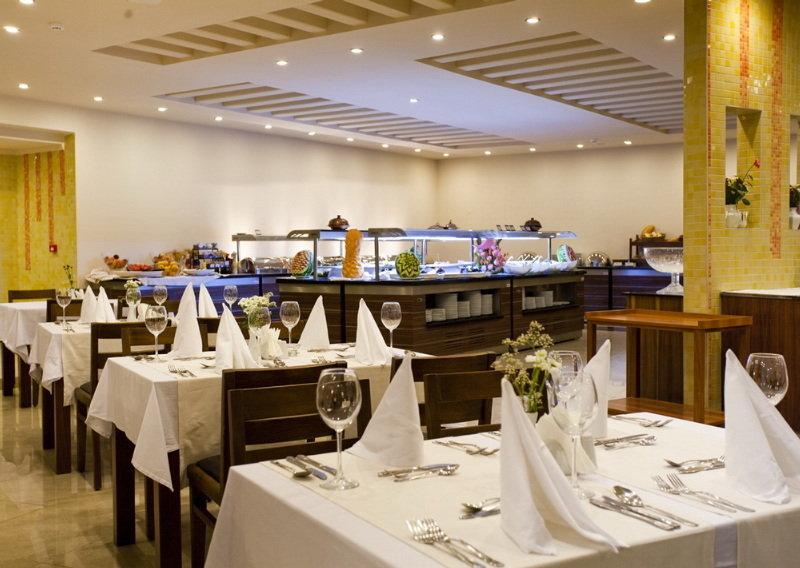Adin Beach Hotel All Inclusive (آدین بیچ هتل آل اینكلوسیو)  Restaurant