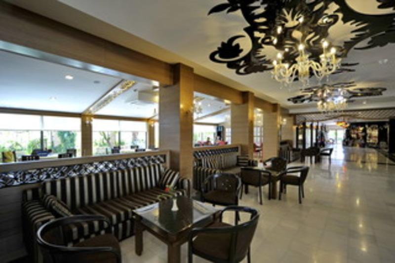 Corolla Hotel (كورولا هتل)  Lobby