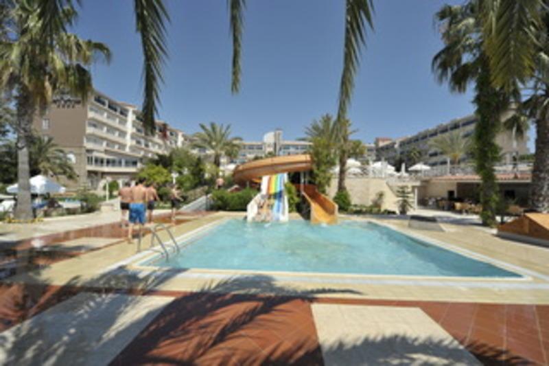 Corolla Hotel (كورولا هتل)  Pool