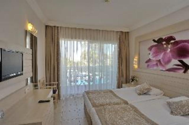 Corolla Hotel (كورولا هتل)  Room