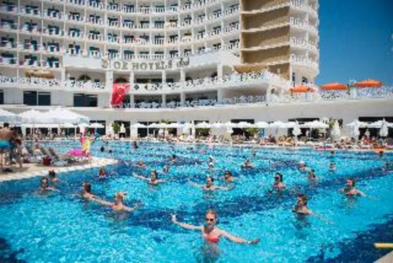 Oz Hotels Sui All Inclusive (اوز هتل سوی آل اینكلوسیو)  Pool