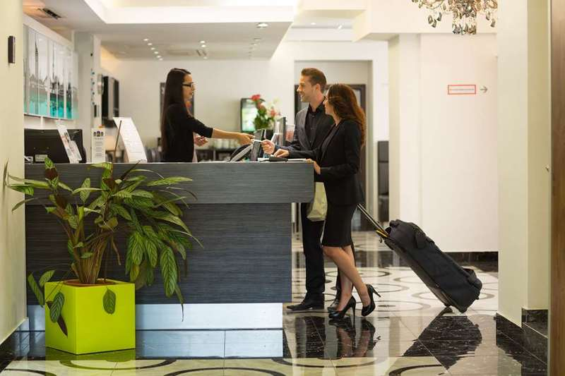 Best Western Plus Hotel Arcadia (بست وسترن پلاس هتل آركادیا)  Lobby