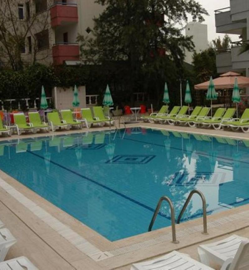 Holiday Line Hotel Konakli (هالیدی لین هتل كوناكلی) Pool