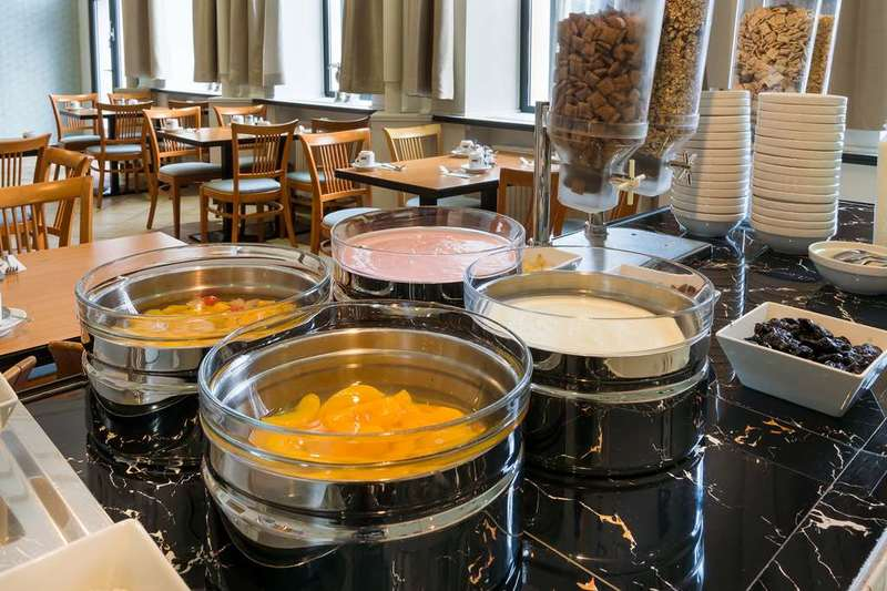 Novum Hotel Congress Wien (نوووم هتل كونگرس وین) Restaurant
