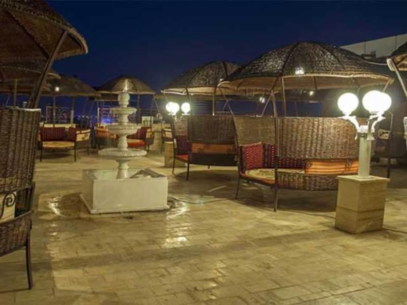 Kiana Hotel Mashad (كیانا هتل ماشاد) Exterior