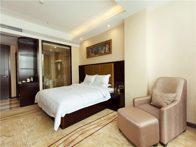 Nanjing Hotel (نانجینگ هتل)