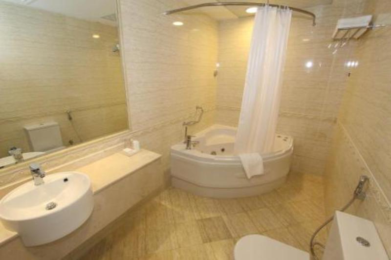 Ivory Grand Hotel Apartments (ایووری گرند هتل آپارتمنتس)