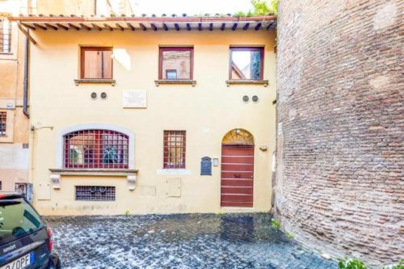 Antico Borgo Di Trastevere (آنتیكو بورگو دی تراستور)