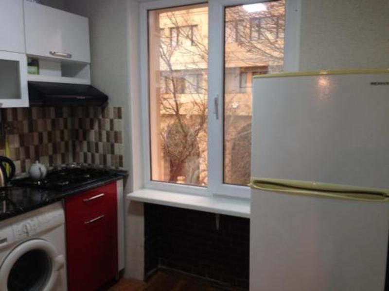 Apartment In Baku Near Old City (آپارتمان این باكو نییر اولد سیتی)