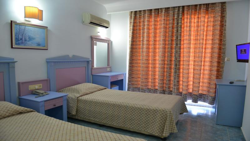 Holiday Line Hotel Konakli (هالیدی لین هتل كوناكلی) Room