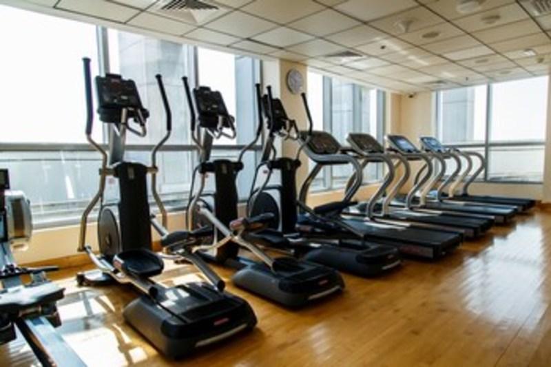 Furnished Apartment In Dubai Marina (فرنیشد آپارتمان این دبی مارینا) Gym