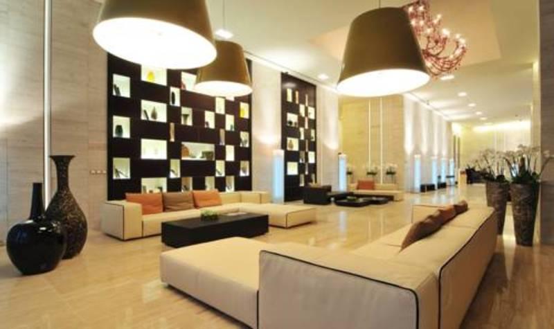 Radisson Blu Residence Dubai Marina (رادیسون بلو رزیدنس دبی مارینا)