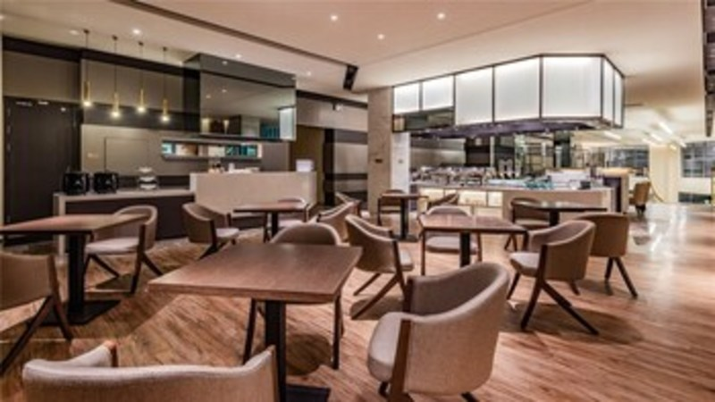 Ceramik Hotel Wanda Branch (كرامیك هتل واندا برانچ) Breakfast Area