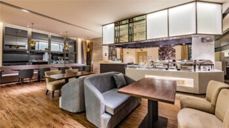 Ceramik Hotel Wanda Branch (كرامیك هتل واندا برانچ) Restaurant